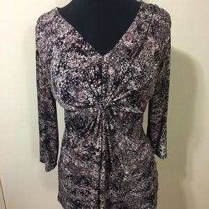 Twisted front V-neck blouse by daisy Fuentes